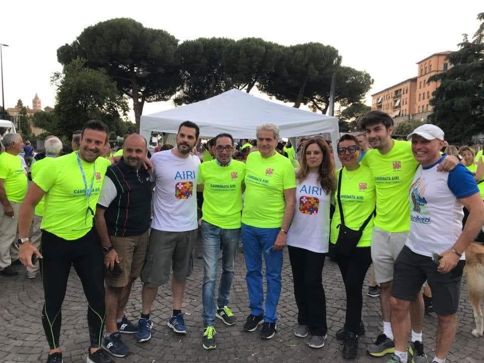Foto di gruppo dello staff che ha organizzato l'evento